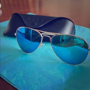 DIFF Aviators Gold w/ Blue Lenses; EUC